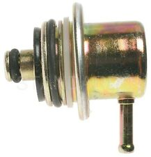 Walker Products 255-1068 Fuel Injection Pressure Regulator BUICK (6) 1995-05 / C