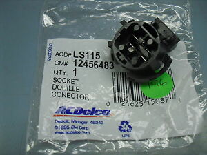 1997-09 Intrigue Regal Century Lacrosse Park Turn signal Lamp Socket 12456483 GM