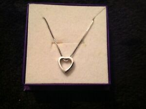 hallmarked 9 ct white gold heart necklace and chain