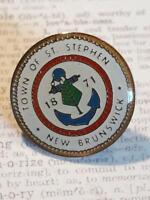 Nunavut Provincial Football Soccer Association Canada OFFICIAL PIN BADGE OLD