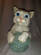 Cat With Yarn Stone Critter? Blue Eyes Persian Siamese Help with Maker Kitten