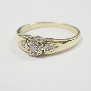 9ct Solid Yellow Gold & 0.1ct Natural Diamond Ring Valentines Gift