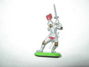 Britains Deetail silver knights on foot in 1 pose mint unboxed.