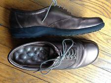 Walking Cradles 9.5 Women's Bronze Oxfords Shoes
