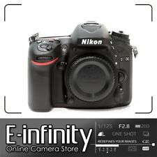 NUEVO Nikon D7100 Digital SLR Camera Body Only