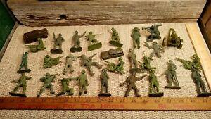 "VINTAGE ORIGINAL MARX 3"" GREEN PLASTIC ARMY MEN LOT 25/MEN & 3/TRUCKS"
