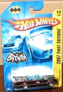 Hot Wheels 2007 First Edition  #15 TV BATMOBILE Honeycomb