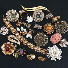 Vintage Flower & Leaf Broken Jewelry Lot Parts Harvest Repair Misc Some Signed