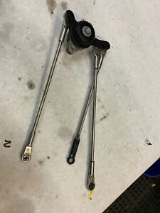 Yamaha Accelerator Arm Assy 69J-41210-00-00 for F200 - 225hp 2002 and later mode