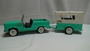 NYLINT Pressed Steel FORD BRONCO & VACATIONER Camper Trailer TurquoiseBlue 1960s