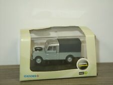 Land Rover 109 Canvas - Oxford 1:76 in Box *43593