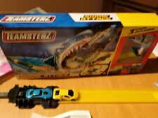 Teamsterz Shark Attack with 2 Cars