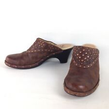 Sofft Clogs Mules Brown Leather Bronze Studded Heels Slip On 7M Med Oiled Nubuck