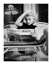 Marilyn Monroe Kunstdruck Motion Picture Daily b/w Foto + 1 gratis Ü-Poster