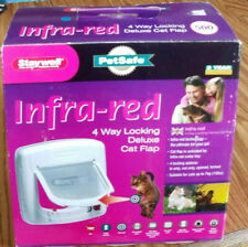 Staywell Pet Safe Infra-Red 4 Way Locking Options Deluxe Cat Flap w/ Collar Key