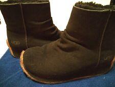 UGG Australia US Size 9 Sleigh Sheepskin Boots 5411 Black  Sole Womens.