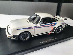 AUTOart 1/18 Porsche 911 Turbo 3.0 Martini RARE!!