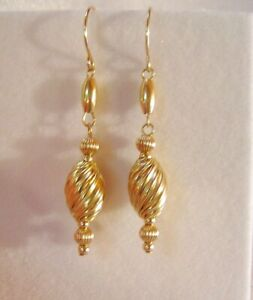 Pretty Pair of Solid 14KT Yellow Gold Handcrafted Earrings