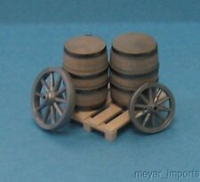 Wagon Wheels, Barrels, Pallet - G Scale - Assembled - 101-0858
