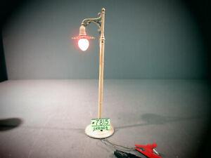 IVES PREWAR 600 WHITE SINGLE STREET LAMP ; circa 1917 WIDE GA.