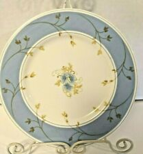 Mikasa Touch Of Love 7 In Salad Plate Joan Luntz Bone China A7607