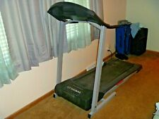 WESLO - CADENCE G 5.9 SERIES SPACE SAVER FOLDING TREADMILL - LCD DISPLAY INCLINE