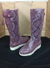 TSUBO EILIS SNAKE SANGRIA RED WATER RESISTANT SUEDE BOOTS SIZE 7 US