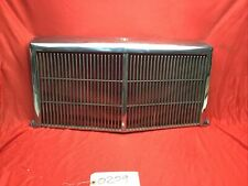 1984-1989 CHRYSLER FIFTH AVENUE FRONT GRILLE 4103621 5052400