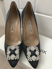 Manolo Blahnik Hangisi 105 933 Satin Grey Shoes