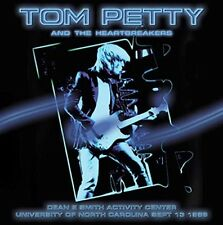TOM & THE HEARTBREAKERS PETTY-DEAN E SMITH ACTIVITY CENTER,SEPT.13 1989  CD NEUF