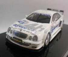 Véhicules miniatures en plastique AUTOart pour Mercedes
