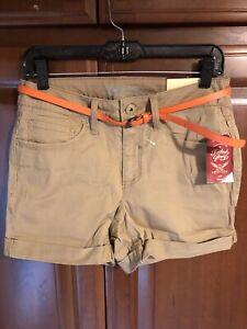 """Faded Glory Women's Shorts 4.5"""" Inseam Size 8 Tan Khaki Chino w Belt Cuffed NWT"""