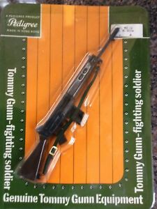 VINTAGE PEDIGREE TOMMY GUNN FN RIFLE  ACCESSORY SET 11TG56 MINT/CARDED 1/6 .