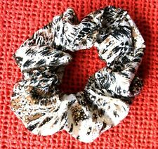 PONY TAIL  SCRUNCHIE - ANIMAL PRINT WITH GOLD ACCENTS' - NEW WITHOUT  TAGS