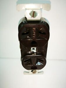 Slater BROWN Duplex Receptacle 3-Wire 15A 250V 6-15R NEW 327-BR