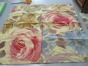 """Set Of THREE  Barneys Of New York 1 21 1/2 """" NAPKINS  FLORAL AND GOLD TONE  NWT"""