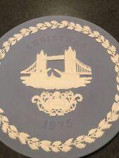 Wedgwood Jasperware 1975 Christmas Plate Tower Bridge