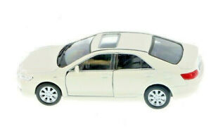 """Welly Toyota Camry 1/40 scale 4.75"""" diecast model car new  with PULL BACK"""