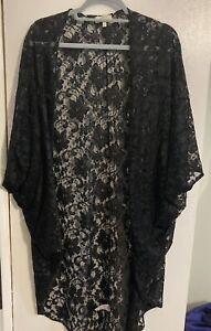 Womens Black Lace Kimono With Bat Wing Sleeves Size Large