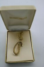 Vintage In-Vestments Jewelry Rope Monogram Gold Tone Rope Large Brooch Letter J