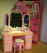 Vtg 1987 BARBIE Doll SWEET ROSES Vanity w/ Accessories
