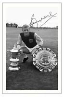 BOBBY MOORE WEST HAM SIGNED AUTOGRAPH PHOTO PRINT  SOCCER