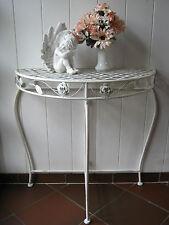 Romantischer, halbrunder Dekotisch aus Metall im Shabby-Look mit Rosenmuster