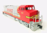 WALTHERS HO SCALE BNSF GE DASH 8 40B LOCOMOTIVE MRC DCC EQUIPPED #517