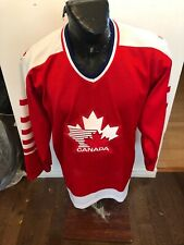 MENS Large CCM Hockey Jersey Vintage Team Canada #11 Damaged
