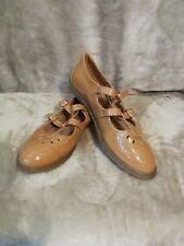 TOPSHOP Beige patent flat cut out mary jane shoes brogue geek chic size 7uk 40eu
