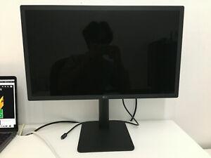 """MINT LG UltraFine 4K 22MD4KA 21.5"""" 22"""" Widescreen Monitor w/ built-in speakers"""