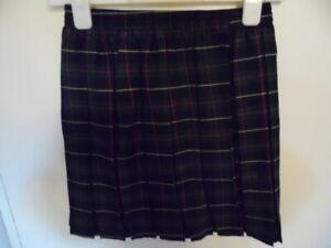 Girls Green Tartan Skirt with Elasticated Waist Size 8-9 Years