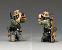 KING AND COUNTRY Kneeling with Bino WW2 WS290