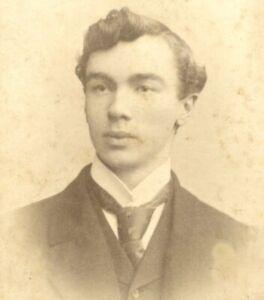 Portrait gentleman A A Chapman Swansea CDV Carte de Visite photograph card #41